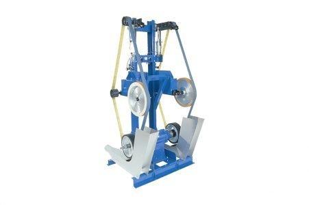 Levigatrice a nastro compensata Complianced belt-grinding machine